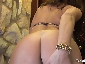 huge-titted brown-haired Taylor Vixen taunts the camera