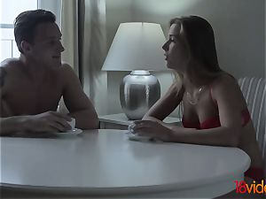 18 Videoz - Alexis Crystal - Morning coffee and lovemaking