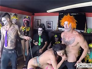 CROWD restrain bondage - Romanian Julia De Lucia gang torment