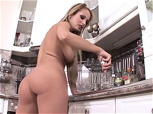 Regina Ice gets too torrid to treat in the kitchen pleasing her labia