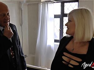 AgedLovE Lacey Starr ravaged stiff with Sales Agent