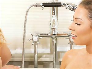 Bathtime sapphic honeys Olivia Austin and Melissa Moore