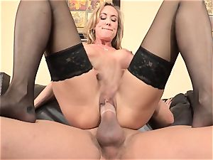 Stepmom Brandi love tempts her stepson