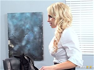 stellar office honey Alix Lynx takes a 2nd helping