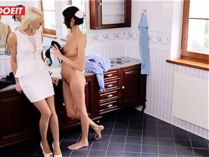 shower sapphic bang-out with kinky Pinup dolls