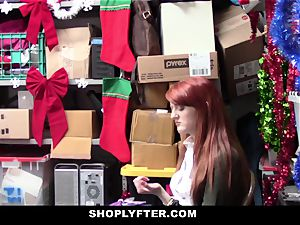 Shoplyfter - red Headed whore Offers pussy For Stealing