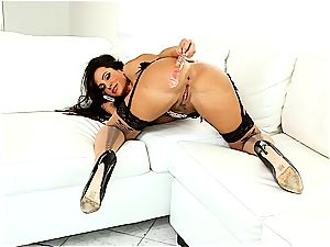 marvelous Lisa Ann always looks excellent when she jacks