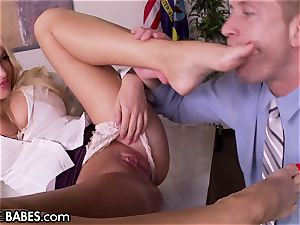 fat globes Office milf Uses feet to penalize employee