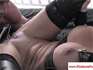 Nikita Von James gets mouthful of jizz after nailing