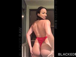BLACKEDRAW large ass wifey enjoys butt licking black boys