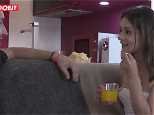 Latino stud picks up Spanish nubile and penetrates her stiff