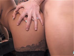 LA COCHONNE - sweetheart Susy Gala gets torn up French style