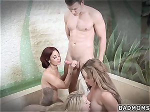 mummy gets rode and teaching my mother to be perchum companion s sonal tart The More