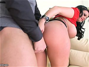 super-sexy Kerry Louise takes a firm facehole poking
