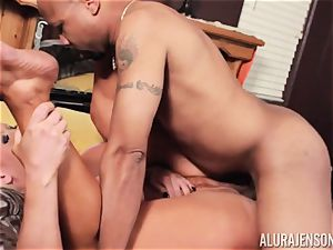 Alura Jenson slammered nuts deep and receives warm red-hot creampie