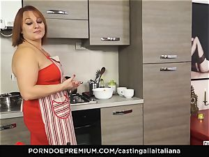 casting ALLA ITALIANA - Italian mature deep buttfuck drill