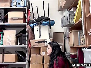 nubile Monica gets caught using a smart shoplifting trick