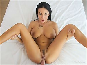 Milfy mommy Anissa Kate plowed deep in her gash pie