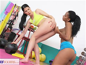sport apartments soaking lezzie gash gets torn up