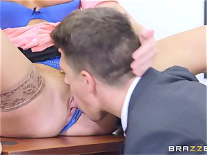 dangled boy Bruce inserts his rock hard giant man sausage into Olivia Fox